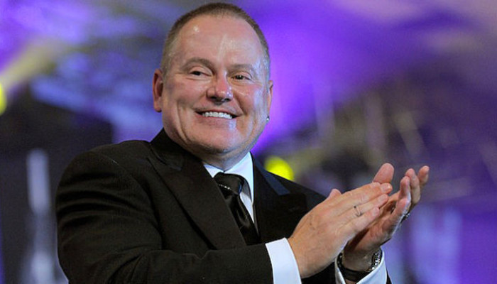 Bob Parsons clapping