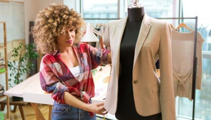 many people dream of a career in the fashion industry because of the glamour prestige and excitement depending on the job you could travel - Fashion Industry Cover Letter