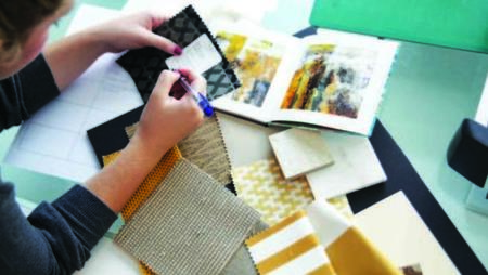 how to become an interior designer uk
