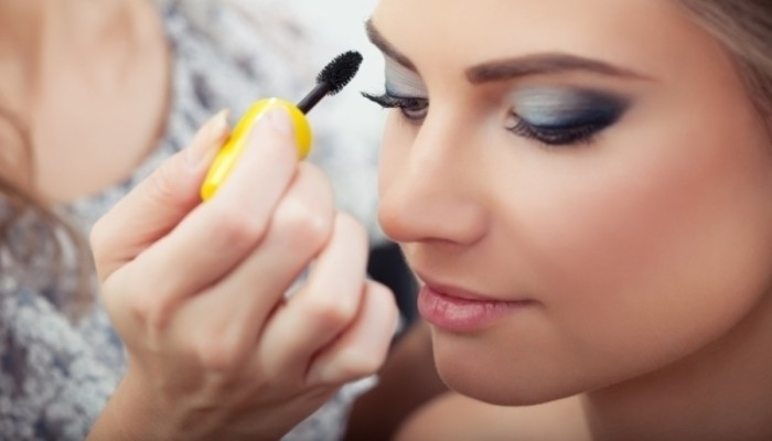 How To Succeed As A Freelance Makeup Artist