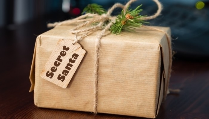 The 7 Rules Of Secret Santa You Need To Follow