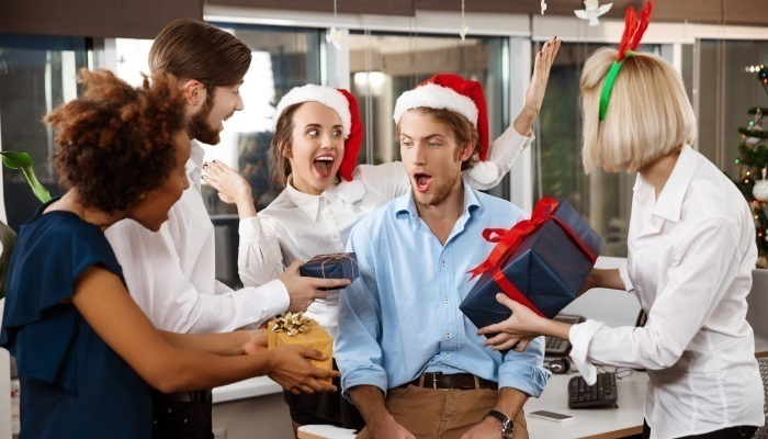 25 Christmas Games To Liven Up Any Office Party