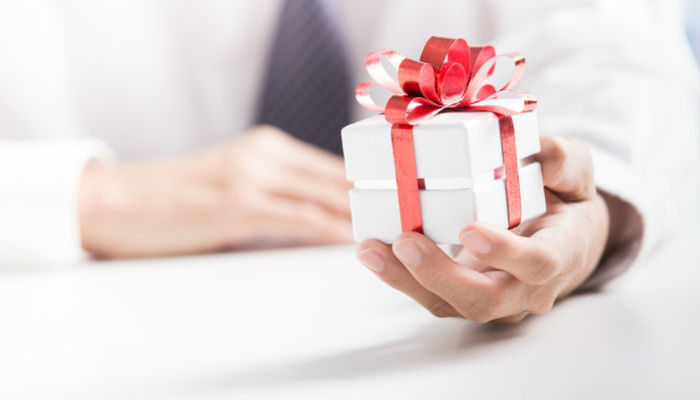 The 23 Best Gift Ideas For Your Boss