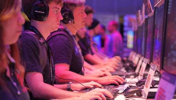 How to Become a Video Games Tester (Career Path)